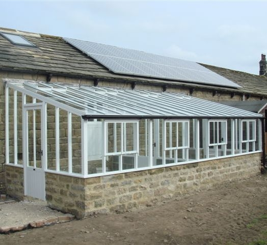 new-horticultural-greenhouse-and-solar-electric-pv-array